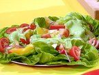 Mexican Salad with Tomatoes, Red Onions and Avocado Dressing