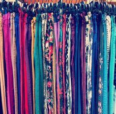 urban denim Colored Pants, Colored Denim, Blue Denim, Floral Denim, Urban Outfitters, Le Closet, Jeans Flare, Fashion Beauty, Womens Fashion