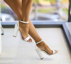 Sandale Paris Argintii -  Colectia Sandale cu toc de la  www.cutoc.net Stuart Weitzman, Floral Tops, Paris, Heels, Fashion, Sandals, Shoe, Heel, Moda