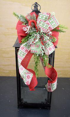 Christmas Lantern Swag with Candy Cane, Lantern Centerpiece, Christmas Decor, Wreath Bow, #lanternswag #lanterncenterpiece #lanterndecor #christmasswag #wreathbow #christmasdecor