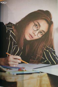 Yoon Jeonghan OMG, como eu amo esse cabelo. Como eu amo ele todinho!