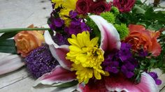 Color pop! http://www.bouquetflowershop.com/