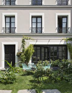 Смелые цвета в интерьере эклектичного дома в Париже | Пуфик - блог о дизайне интерьера