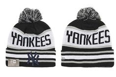 New York Yankees logo stitched knit beanie