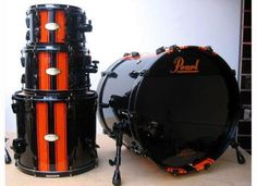 Originally Steven Bae's drum set during the first album release. (Pearl)