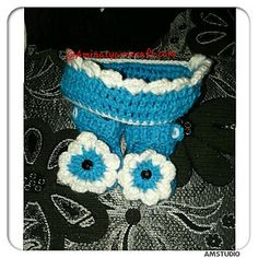 Ravelry: Baby sandal and crown pattern by Aminat