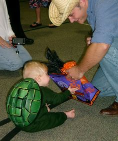 10 halloween costumes under 10 dollars ladybug costume costumes and babies - Koopa Troopa Halloween Costume