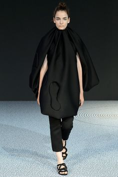 Viktor & Rolf Haute Couture Fall Winter 2013-2014