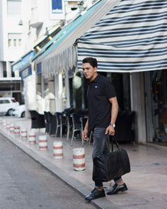 Black leather holdall from MAHI Leather.