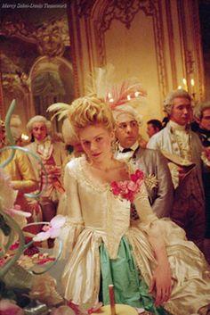 Kirsten Dunst as Marie Antoinette, Sofia Coppola Film 2006.