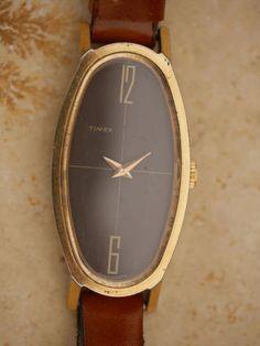 Montre-Timex-quartz-des-annees-1970