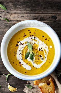 An ideal easy fall recipe.Here is the recipe for how to make delicious Roasted Pumpkin Soup with sage and Coconut Milk.Best Pumpkin Coconut Milk soup