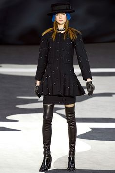 Chanel Fall 2013 Ready-to-Wear Collection Slideshow on Style.com