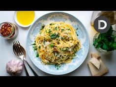 Spaghetti Aglio E Olio: 5 Ingredient Pasta Recipe! - YouTube