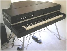 """Yamaha CP-70B: great keyboard.  Would rather hear it on Peter Gabriel recordings (or good early 80s Pop/NewWave) than """"Don't Stop Believin'"""" for the 80-millionth time..."""