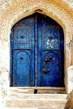 Israel's Mystical Blue City of Safed (Tzfat) ~Blue Doors in City of Safed (Tzfat). Blue symbolizes Heaven, according to the Kabbalah.Tradition says that Safed was founded as long ago as the time of Noah, by one of Noah's grandsons Shem. Cool Doors, The Doors, Unique Doors, Windows And Doors, Knobs And Knockers, Door Knobs, When One Door Closes, Blue City, Doorway