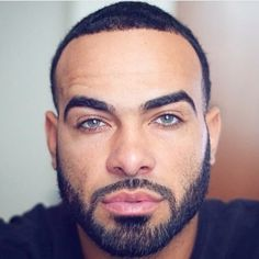 Sharing photos of black men to combat the erasure in the beard movement. Bald Men With Beards, Black Men Beards, Fine Black Men, Handsome Black Men, Handsome Faces, Black Man, Mens Hairstyles With Beard, Haircuts For Men, Bearded Tattooed Men