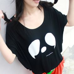 Panda printing irregularly placed stretch cotton T-shirt
