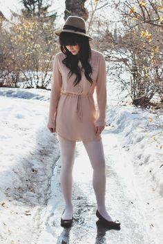 Spring style light pastel dress on thefoxandfern.com