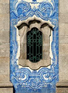 Azulejos da Igreja de Carvalhido.  Portugal