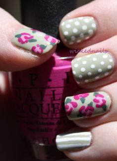Vintage Flower Nail Art
