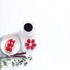 Healthy Dinner For Picky Eaters For Kids Flat Lay Photography, Coffee Photography, Food Photography, Coffee And Books, Coffee Art, Coffee Shop, Coffee Break, Coffee Time, Cafe Rico