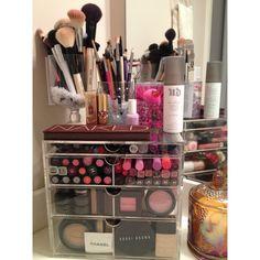 Makeup Storage/ The Taylor Diary