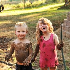 There's proof that playing outdoors and getting dirty is actually good for kids. Like, really good! Once again, nature's showing us all up by getting it right the first time around; because isn't getting dirty what kids do best?