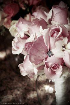 wedding flower - http://herbigday.net/wedding-flower-11/
