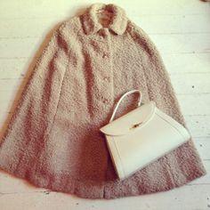 vintage cape £50 handbag £15 Vintage Style, Retro Vintage, Vintage Fashion, Vintage Wardrobe, Winter Wear, Old Women, 1960s, Cape, Girly