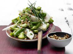 Bohnen-Birnen-Salat - mit Sonnenblumenkernen - smarter - Kalorien: 236 Kcal - Zeit: 40 Min. | eatsmarter.de
