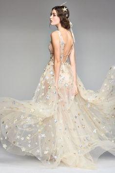 Celestial wedding gown - Orion Tulle & Charmeuse Plunging A-Line Gown Wedding Dress Trends, Best Wedding Dresses, Bridal Dresses, Wedding Gowns, Prom Dresses, Wedding Ideas, Wedding Planning, Wedding Decorations, Wedding Inspiration