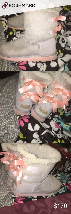 UGGS ‼️‼️😍 ONLY WORN 5 TIMES UGG BOOTS , BAILY BOW 💕😍 EASTER COLORS ... SIZE 6 UGG Shoes Winter & Rain Boots