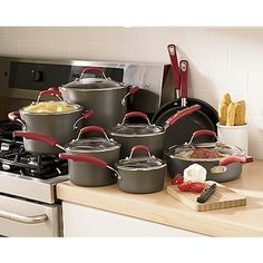 rachel ray cookware set because none of my pots or pans have lidsand i love the sets though i prefer it in a blue