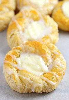 Easy Cream Cheese Danish 2019 This quick and easy cream cheese danish starts with store-bought crescent roll dough and can be made start to finish in under 30 minutes. The post Easy Cream Cheese Danish 2019 appeared first on Rolls Diy. Breakfast Pastries, Breakfast Dishes, Breakfast Cheese Danish, Breakfast Dessert, Breakfast Ideas, Breakfast Recipes, Crescent Roll Recipes, Cheese Danish Recipe Crescent Rolls, Cream Cheese Danish Filling Recipe