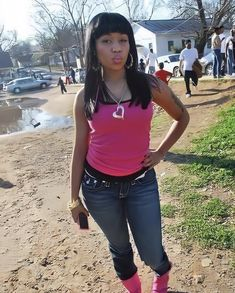 Nicki Minaji, Nicki Minaj Barbie, 2000s Fashion, Fashion Outfits, Nicki Minaj Wallpaper, Nicki Minaj Pictures, Young Money, Ludacris, Black Girl Aesthetic