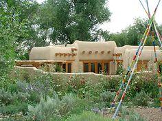 New Mexico Adobe Homes - Bing Images Santa Fe Home, New Mexico Homes, Eco Buildings, Adobe House, Natural Homes, Hacienda Style, Desert Homes, Earth Homes, Vacation Home Rentals