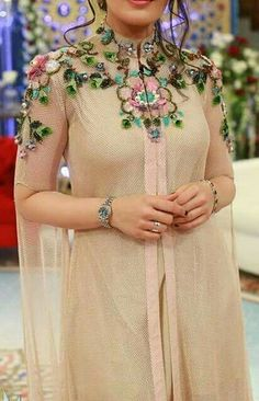 Don't know exactly how it's created but it's quite lovely. Pakistani Dresses, Indian Dresses, Indian Outfits, Abaya Fashion, Indian Fashion, Fashion Dresses, Style Fête, Mode Abaya, Designs For Dresses