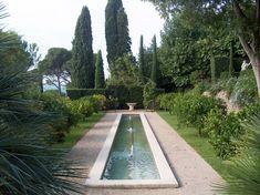 jean mus architecte paysagiste / le jardin de perspectives, grasse Jean Mus, Sunken Garden, Water Features, Garden Design, Sidewalk, Landscape, Patio, Ponds, Gardens