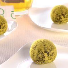 Dark Chocolate Green Tea Truffles (Easy; 36 truffles) #darkchocolate #greentea #truffles #dessert