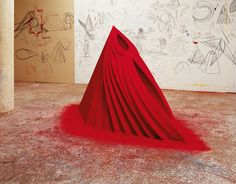 ANISH KAPOOR Mother as a Mountain