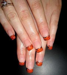 Tiger stripe nail art perfect for tournament time neat tiger stripe nail design orange and purple clemson google search prinsesfo Image collections