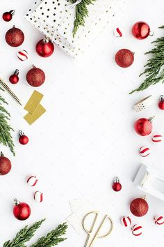 Holiday styled stock photography for creative small business owners available in the SC Stockshop! Make the most of your holiday sales with professional images! Christmas Flatlay, Seasonal Image, Holiday Wallpaper, Holiday Backgrounds, December Wallpaper, Holiday Images, Flat Lay Photography, Digital Photography, Landscape Photography