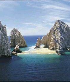 Attractions in Cabo San Lucas, Mexico Los Cabos, Mexico Cabo San Lucas Mexico, Mexico Vacation, Mexico Travel, Cozumel, Holidays To Mexico, Baja California, Beaches In The World, Nature Images, Beach Fun