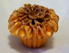 FLOWER CUPCAKE DECORATION Mini candy treat Birthday Mother's Day MARIGOLD orange