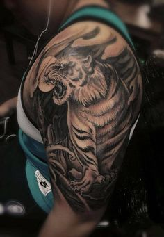 Chronic Ink Tattoo - Toronto Tattoo  Tiger tattoo done by Louisa.