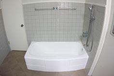 Glazy Http://tufftubrefinishing.com/2014/07/22/bathtub