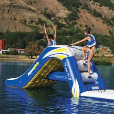 Aquaglide Freefall Pontoon Water Slide is suitable for commercial pool and waterfront use. Rebounder Trampoline, Swimming Pool Games, Jungle Jim's, Outdoor Games, Outdoor Fun, Water Slides, Lake Life, Luxury Home Decor, Rebounding