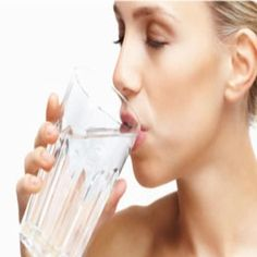 Top 6 Home Remedies For Dehydration: Bland food(rice, potatoes, crackers),Water, Watery fruit (banana, strawberry, cantaloupe, watermelon)Lime juice(add1tsp lime, 1tsp sugar, salt to taste to water) Salt(nuts, pretzels) Apply ice packs