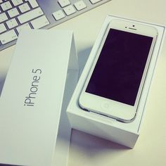THE white iphone5.
